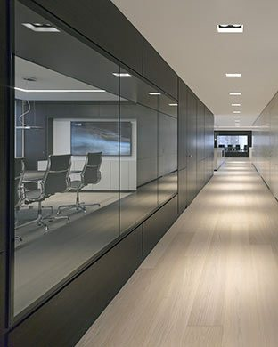Boardroom of a bank. © Dominik Reipka professional interior photographer Hamburg, Germany